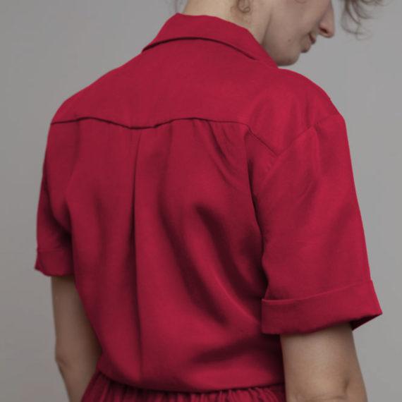 Camisa nudo roja