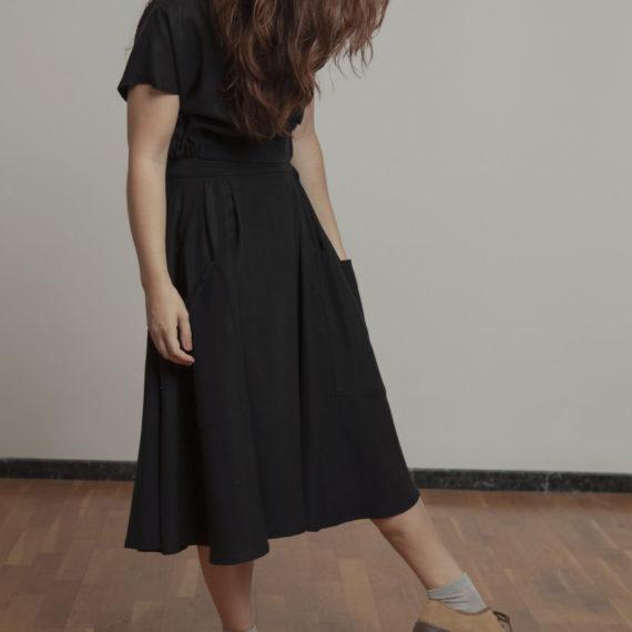Falda negra Tencel