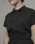 Cropped top negro