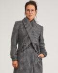 Abrigo lana con bufanda