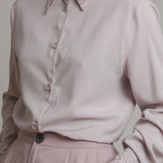 camisa serigrafiada rosa delantero